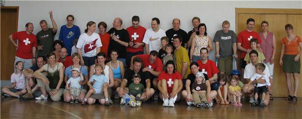 Alle Spieler 2007 mit Familien